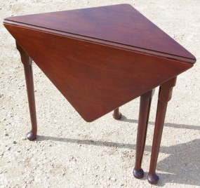Georgian Mahogany Corner Table folded down